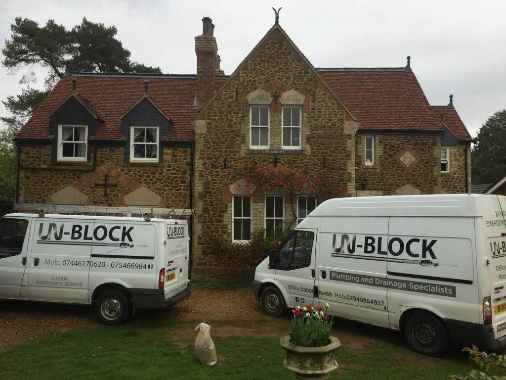 Unblock Unblocking your drains